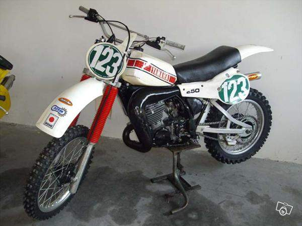 motos anciennes le bon coin le bon coin moto ancienne collection remise en route honda 550 k3. Black Bedroom Furniture Sets. Home Design Ideas